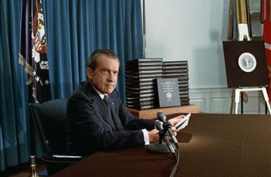 In April 1974, President Richard Nixon prepares to address the nation to clarify his position on releasing the White House tapes.