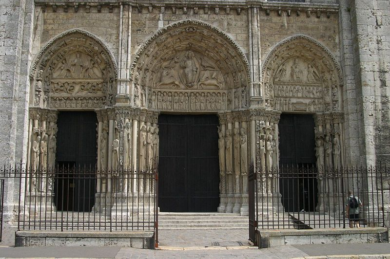 Western façade of Chartres Cathedral