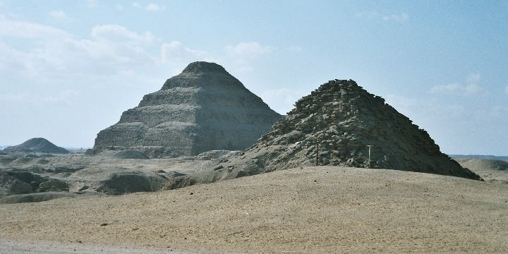 Pyramid of Djoser2667-2648 BC (3rd Dynasty)Step pyramid