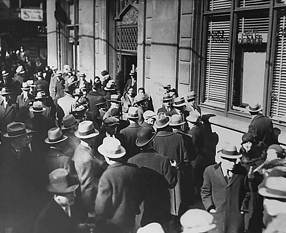 File:8950-Bank_Run_c1933.jpg