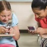Are Cell Phones an Advantage or Disadvantage to Students?