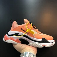 BALENCIAGA TRIPLE S SNEAKER IN ORANGE