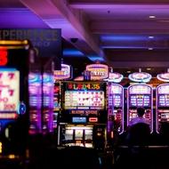 Einfache Gewinnstrategie in Online-Spielautomaten.