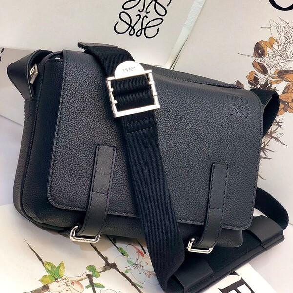 Loewe XS Military Messenger Bag Grained Calfskin In Black