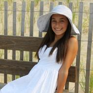 Alycia Mills21